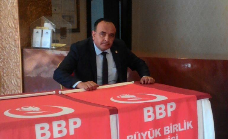 Büyük Birlik Partisi (BBP) Malatya Yeşilyurt ilçe Başkanı Ercan ALTUNKAYA, engellilerin normal hayat sürmelerinin ancak toplumsal duyarlılık oluşturulmasıyla mümkün olacağını söyledi.